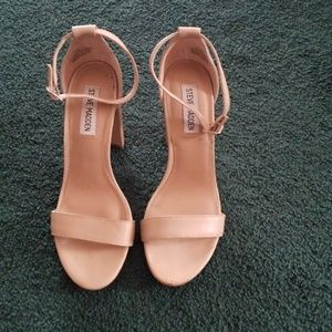 Steve Maddon Carrson Leather Block Heels Sandals